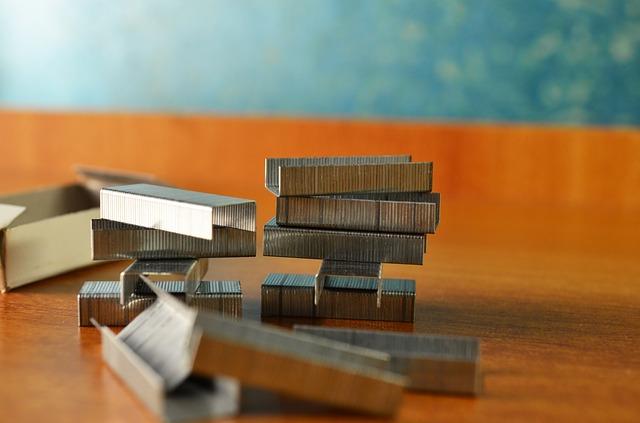 stapler-389894_640